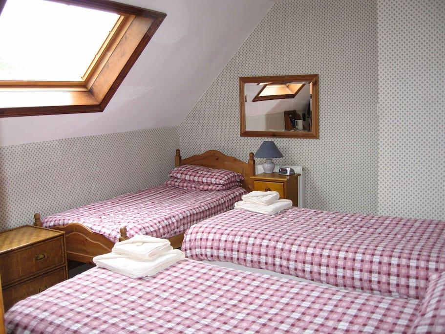 Triple bedded en-suite room