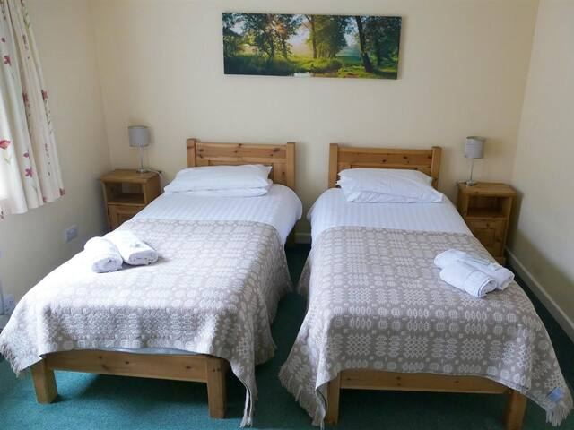 Twin Room at Snowdonia Mountain Lodge