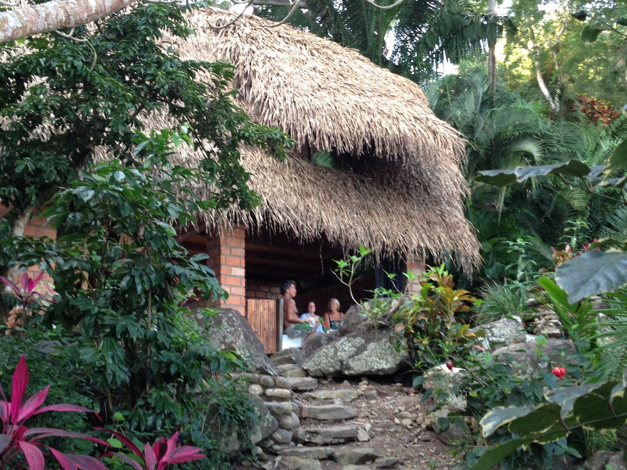 Casa Pepe is a Mexican palapa set in a beautiful flower garden. With a path leading to the sea and its 2 queen sized beds, serenity awaits.