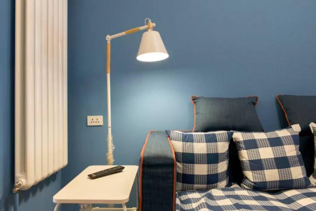 80后空间/家具设计师一个,坚信一切不为使用的设计都是耍流氓。