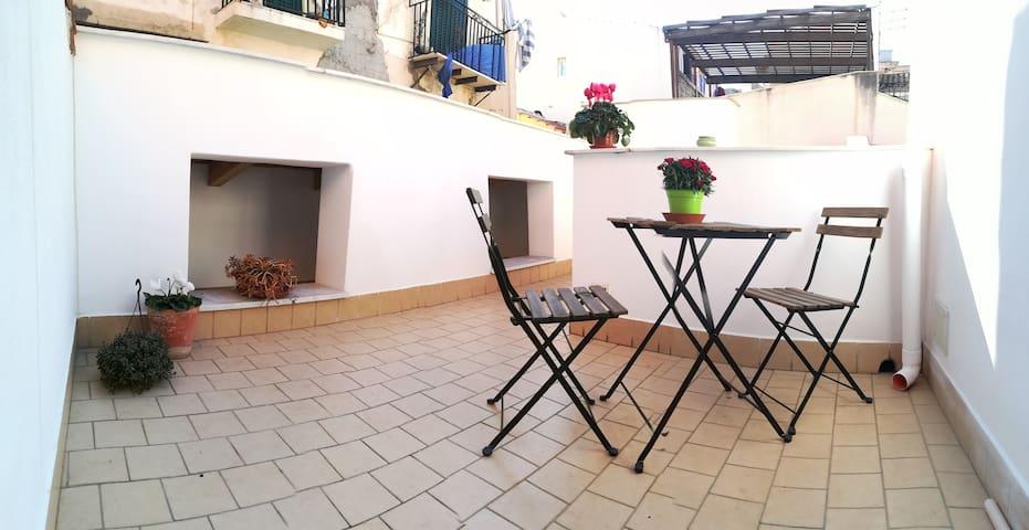 Terrace House Central Station/via Roma