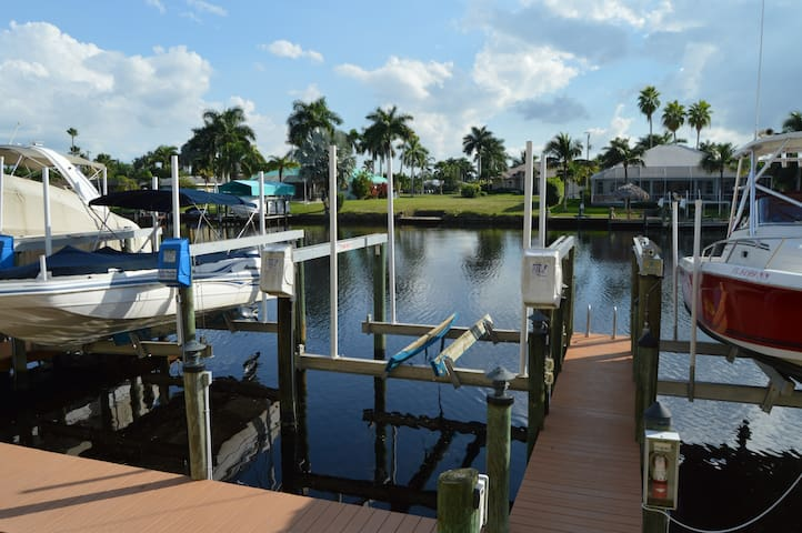 Boat lift included
