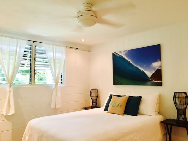 BEAUTIFUL COTTAGE  Sunset Beach 30 days available