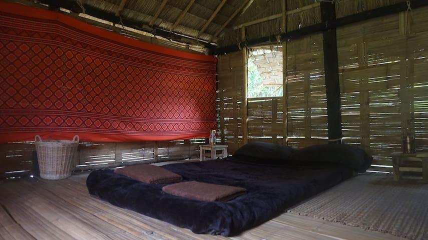 Lahu Jungle Resort - Experience the jungle life