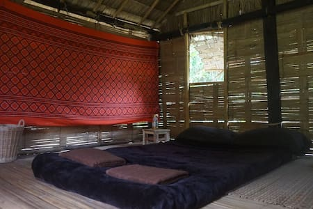 Lahu Jungle Resort - Experience the jungle life