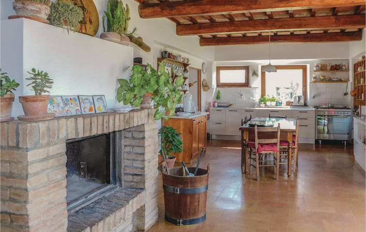 Holiday cottage with 3 bedrooms on 170 m² in Amelia (TR)