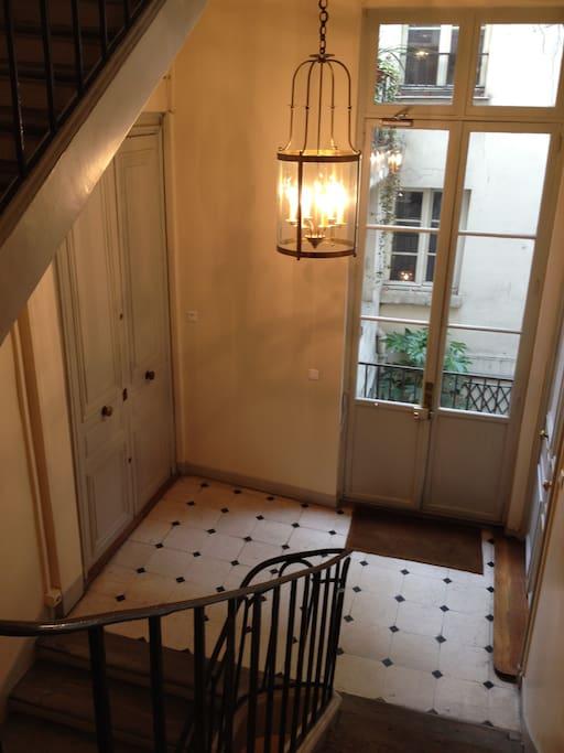 Bel escalier du XVIIIème siècle