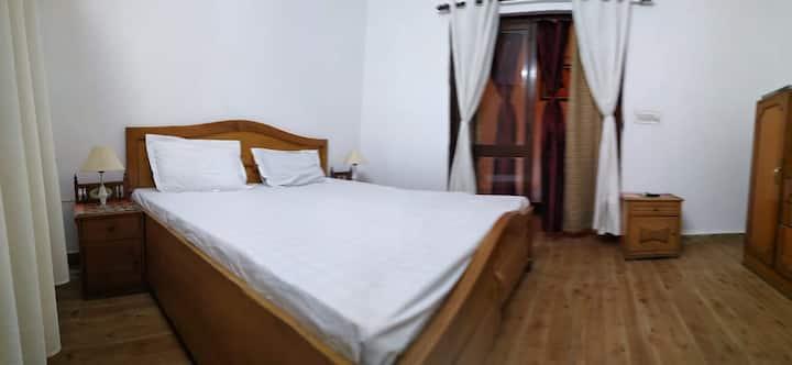 2 Bedroom, Independent Floor, South Delhi