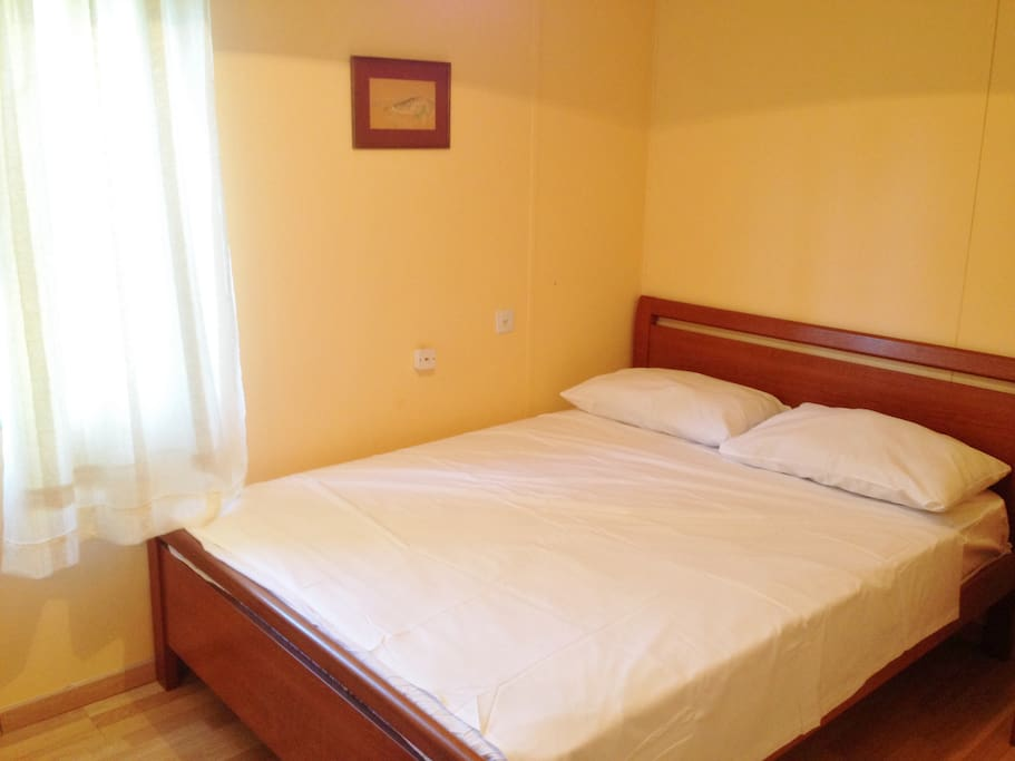 Room 1- King Size bed