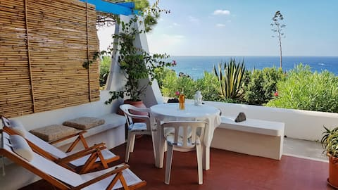 Studio seaside panelling with large terrace
