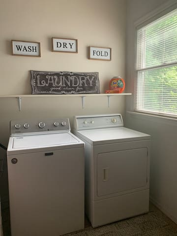 Laundry Room (off kitchen)