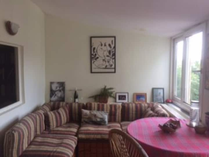 Spacious and cozy flat in the heart of Kadıköy