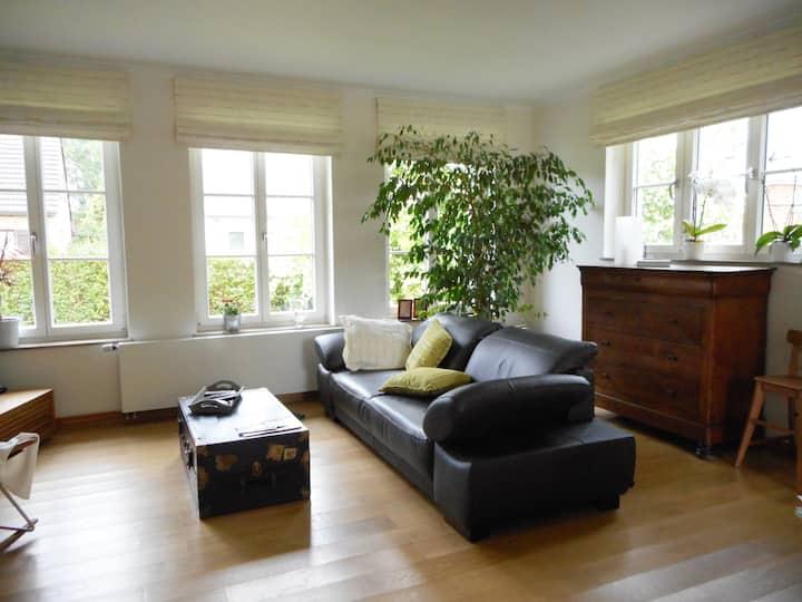 Maison avec terrasse et jardin -