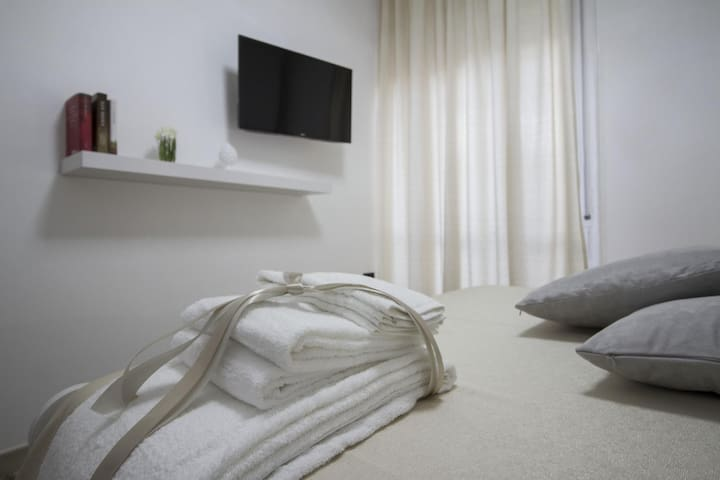 Double Room with Balcony Standard Rate
