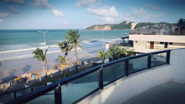 Apartamento Kings Flat Frente Mar com Varanda 502