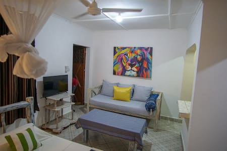 Lazuri beach studio apartment