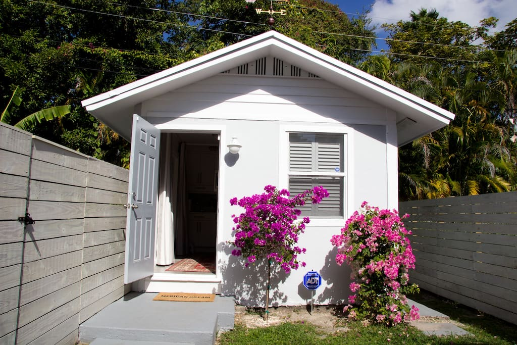 Design District Guest House Guesthouses For Rent In Miami Florida United States