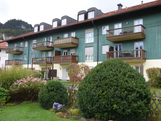 Top! 62qm Apartment mit Wohnküche - Flintsbach am Inn - Byt