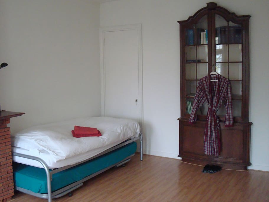 Bed, original Dutch cupboard