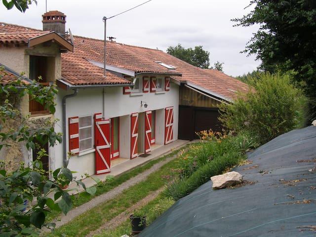4p 3 etoiles AtoutFrance Mas D'Azil - Le Mas-d'Azil - House