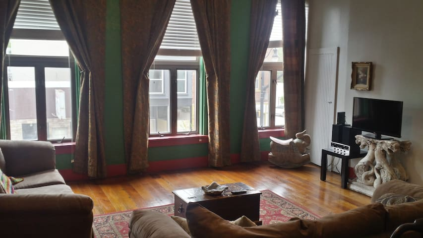 Downtown New Haven Loft - Certified Clean