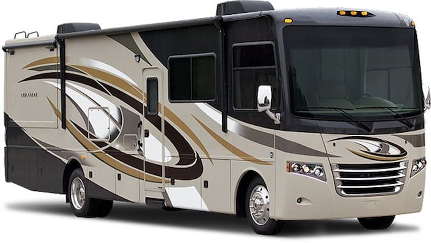 Park your Class A Motorhome - Spencer - House