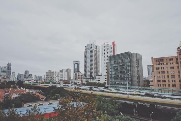 Jingan District center beautiful view large room.