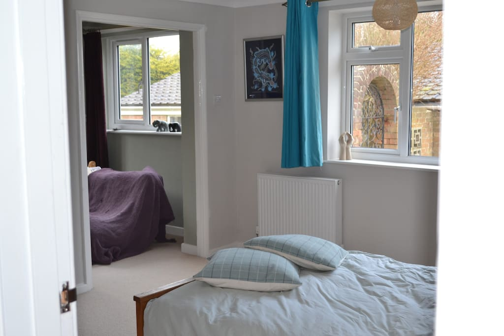 Double room with ensuite and attached snug room