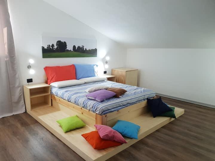 Blue Room @ Villa Cortese