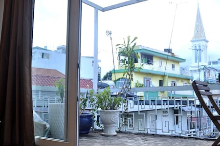 Tony's Apartment - Хошимин