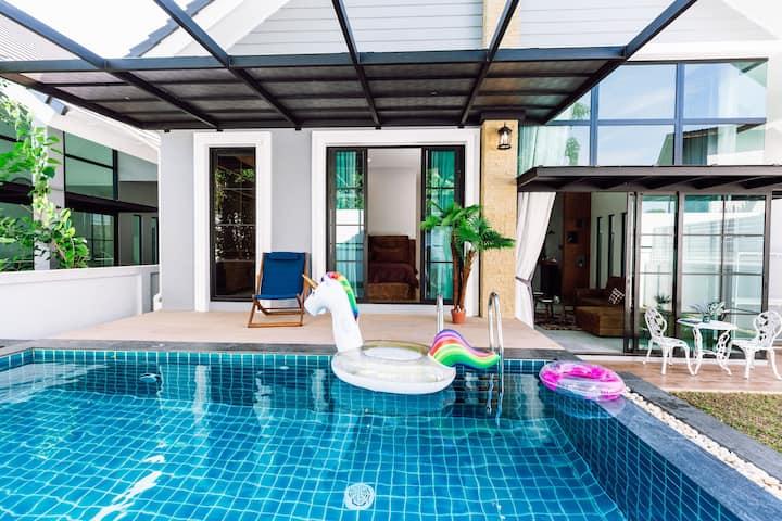 (提供中文服务)Cozy poolvilla in the heart of Phuket