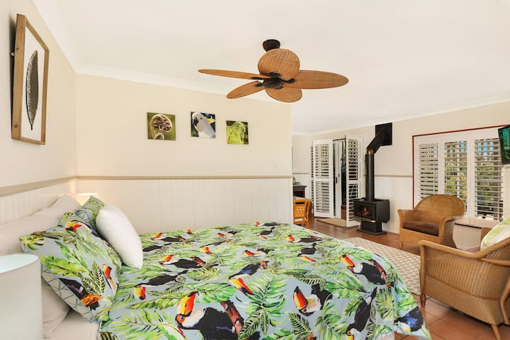The Sharwill Suite - Avocado Grove BnB