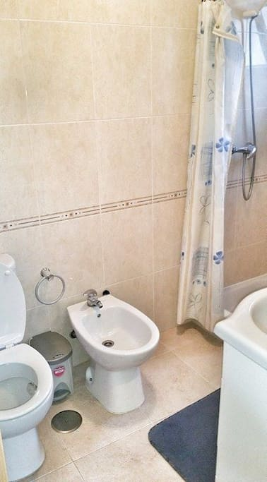 WC Privado, no quarto.