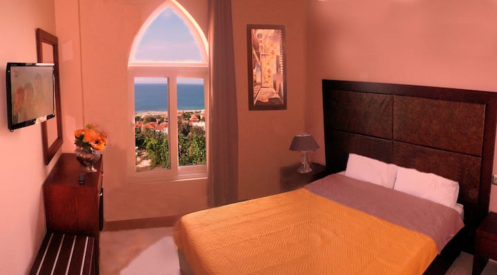 family apartment for 3 persons with sea view