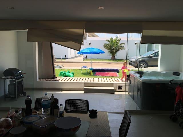 Moderno departamento de playa en Chocalla, Asia. - Lima - Flat