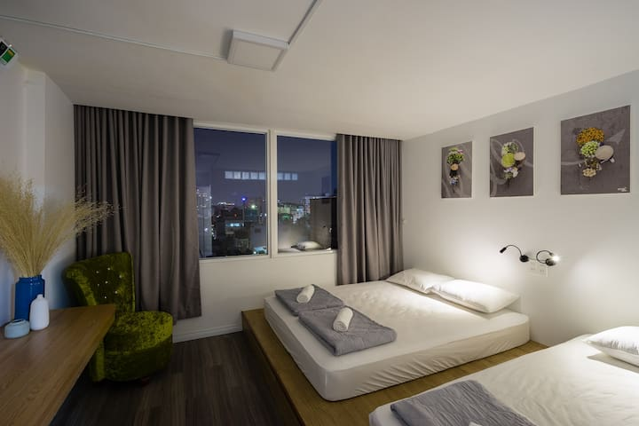 4Br Penthhouse with rooftop garden city view - 胡志明市 - 公寓