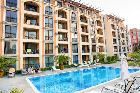 Apartment Villa Astoria 1 - Elenite