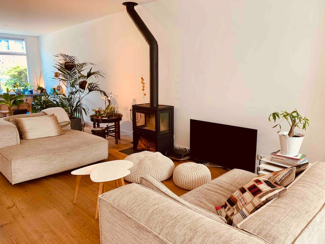 Livingroom; groundfloor