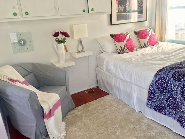 Charming studio 25 steps from beach - Los Angeles - Hus