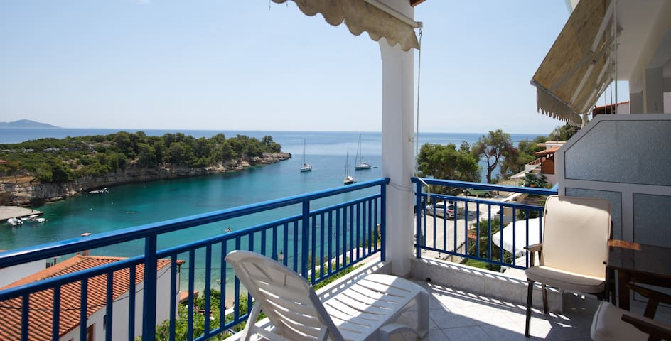 Studio with Sea View Only 50m from the Beach