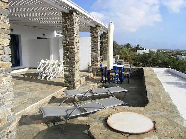 """Phaedra"" Cycladic Villa with amazing sea view - Parasporos - Vila"