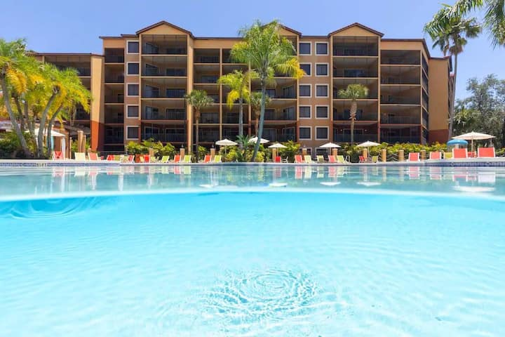 One-Bedroom Villa At Westgate Lakes Resort!