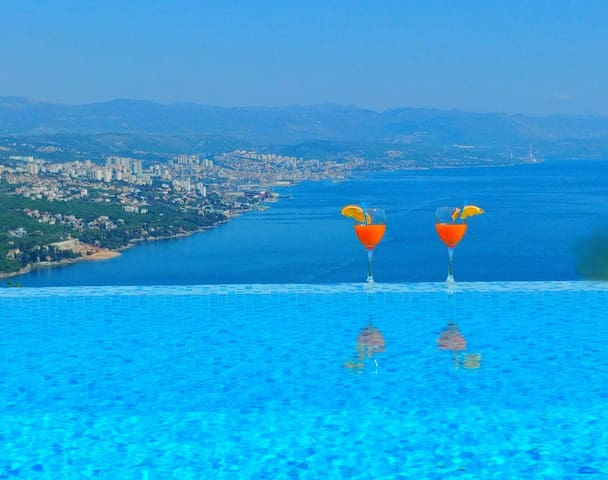 Villa Kelly - Relax and Enjoy Views of Opatija