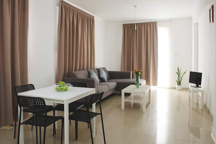 Valentinos Apartments: Two bedroom apartment