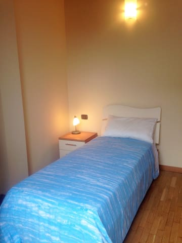 Quiet Room Near City Center - Treviglio - Lakás