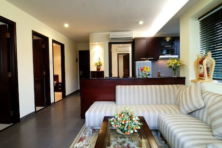 3BR (Unit A) Luxury GREEN Apt near centre+ airport - Ho Chi Minh City