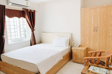 Hoang Ngan 2 Hotel - Double Room - Best prices!