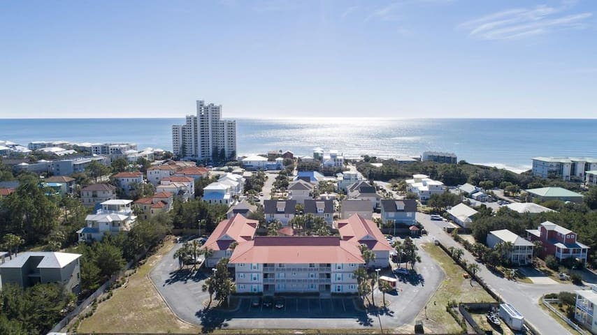 Quaint 30A Condo Community in Seagrove, FL