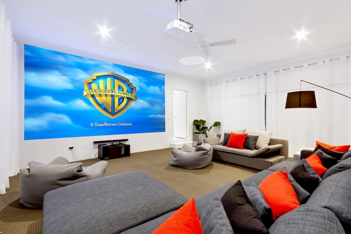 Luxury Gold Coast Getaway with 4.6m Cinema Screen