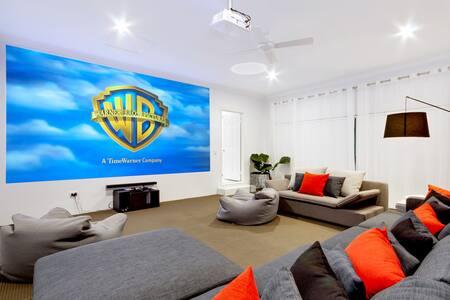 Luxury Gold Coast Getaway with 4.6m Cinema Screen